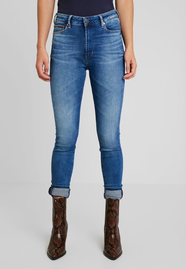 TJ 2008 HIGH RISE SUPER SKNY MNM - Jeans Skinny Fit - maine mid bl str