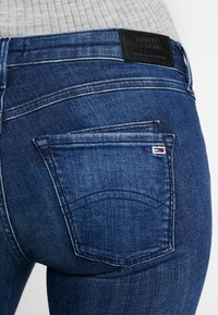 Tommy Jeans - SCARLETT  - Jeans Skinny Fit - dark blue denim - 5