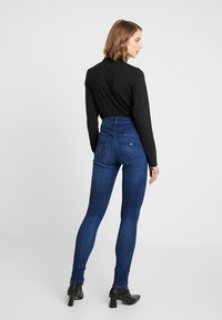 Tommy Jeans - HIGH RISE - Jeans Skinny Fit - cropsey - 2