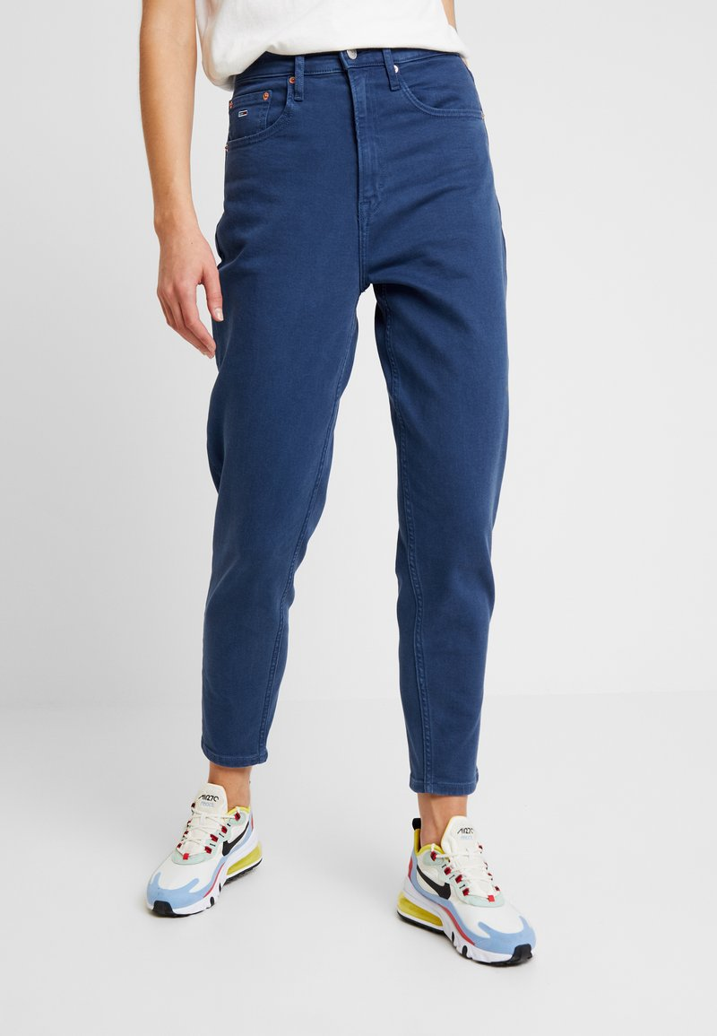 Tommy Jeans - HIGH RISE - Jeans Tapered Fit - estate blue