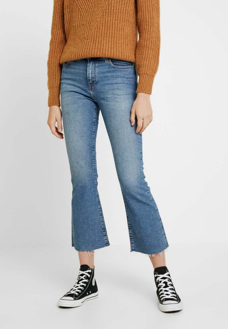 Tommy Jeans - CROP FLARE ACLBC - Flared Jeans - blue denim