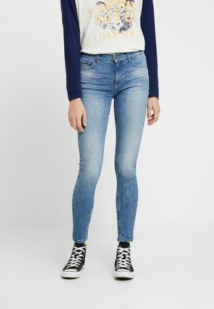MID RISE NORA - Jeans Skinny Fit - blue denim