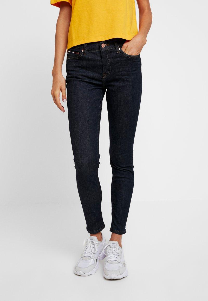 Tommy Jeans - Jeans Skinny Fit - dakota rinse