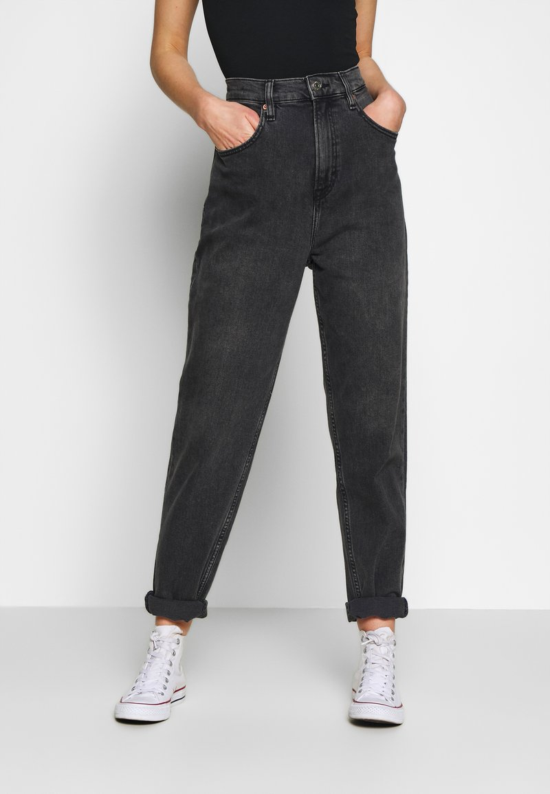 Tommy Jeans - MOM JEAN TAPERED - Relaxed fit jeans - aries