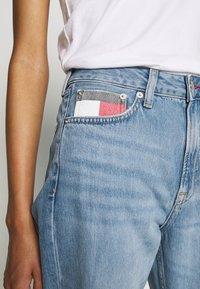 Tommy Jeans - HARPER STRGHT - Straight leg jeans - light blue denim - 4