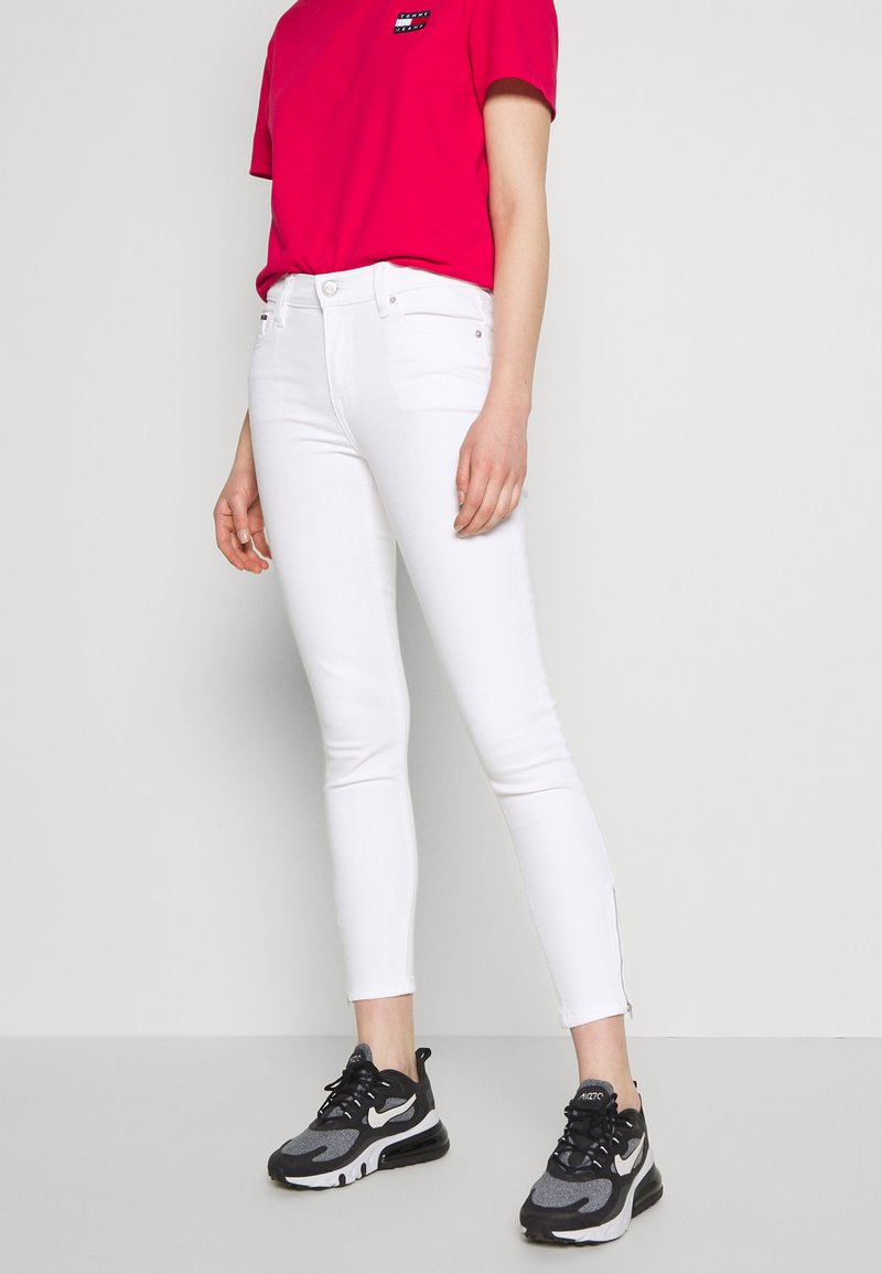 Tommy Jeans - NORA ANKLE ZIP - Jeans Skinny - candle white