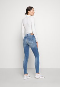 Tommy Jeans - SYLVIA SUPER ANKLE - Jeans Skinny - blue denim - 2