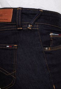 Tommy Jeans - LOW RISE SOPHIE - Jeans Skinny Fit - niceville dark - 4
