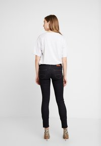 Tommy Jeans - LOW RISE SOPHIE - Jeans Skinny Fit - niceville dark - 2