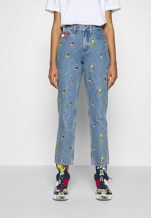 LOONEY TUNES MOM - Jeans baggy - light blue denim