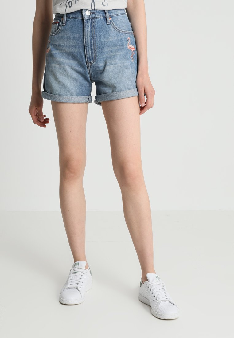 Tommy Jeans - RELAXED - Jeans Shorts - bleep mid blue rigid