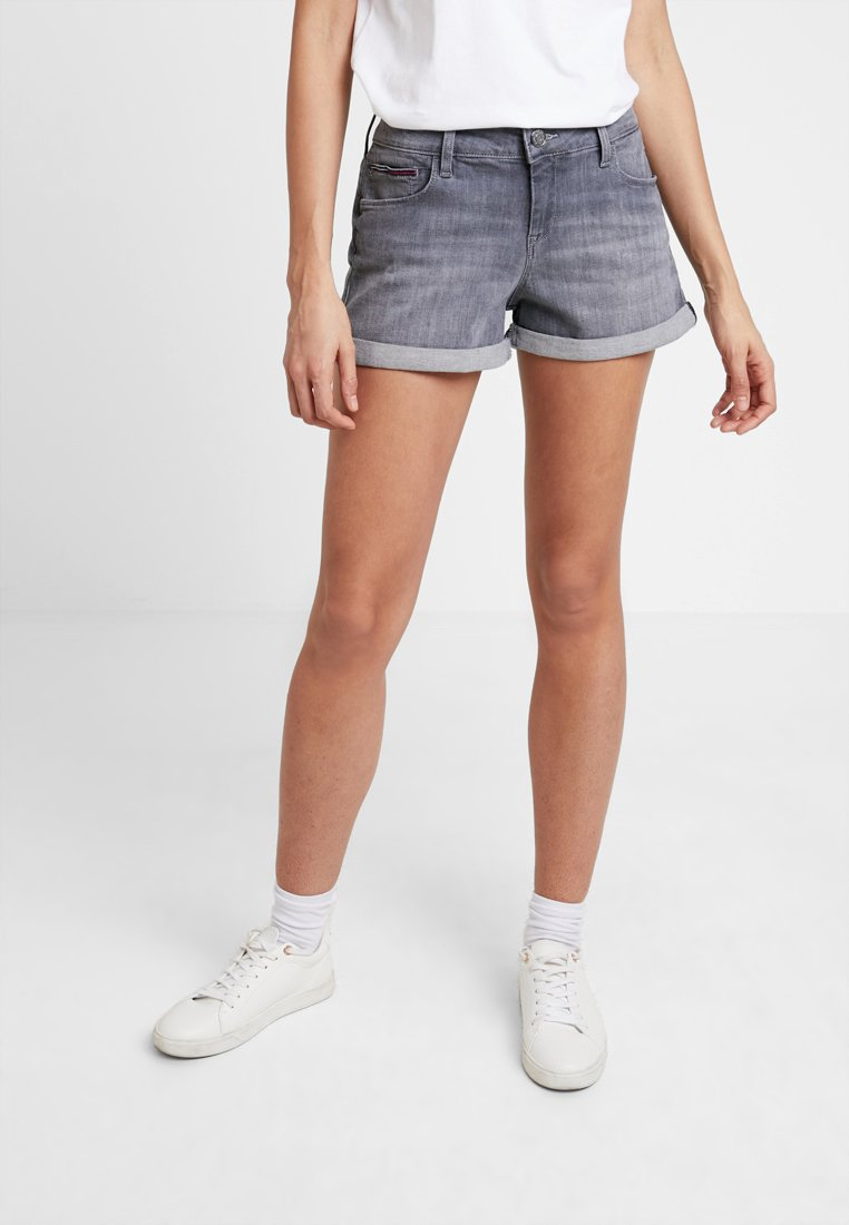 Tommy Jeans - CLASSIC - Shorts vaqueros - great grey