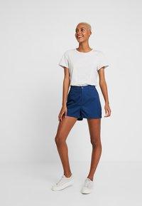 Tommy Jeans - SUMMER ESSENTIAL - Shorts - estate blue - 1