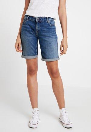 CLASSIC LONGER - Szorty jeansowe - utah