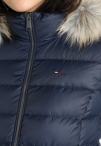 Tommy Jeans - ESSENTIAL HOODED - Doudoune - black iris - 8