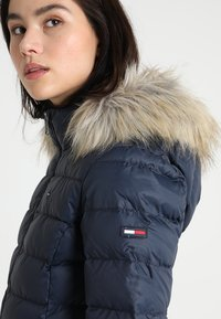 Tommy Jeans - ESSENTIAL HOODED - Doudoune - black iris - 5