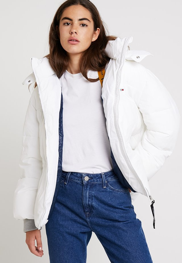 OVERSIZED JACKET - Winterjacke - bright white