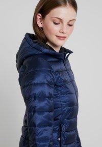 Tommy Jeans - QUILTED ZIP THRU - Light jacket - black iris - 3