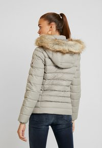Tommy Jeans - ESSENTIAL HOODED JACKET - Down jacket - mourning dove - 2