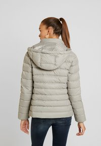 Tommy Jeans - ESSENTIAL HOODED JACKET - Down jacket - mourning dove - 3