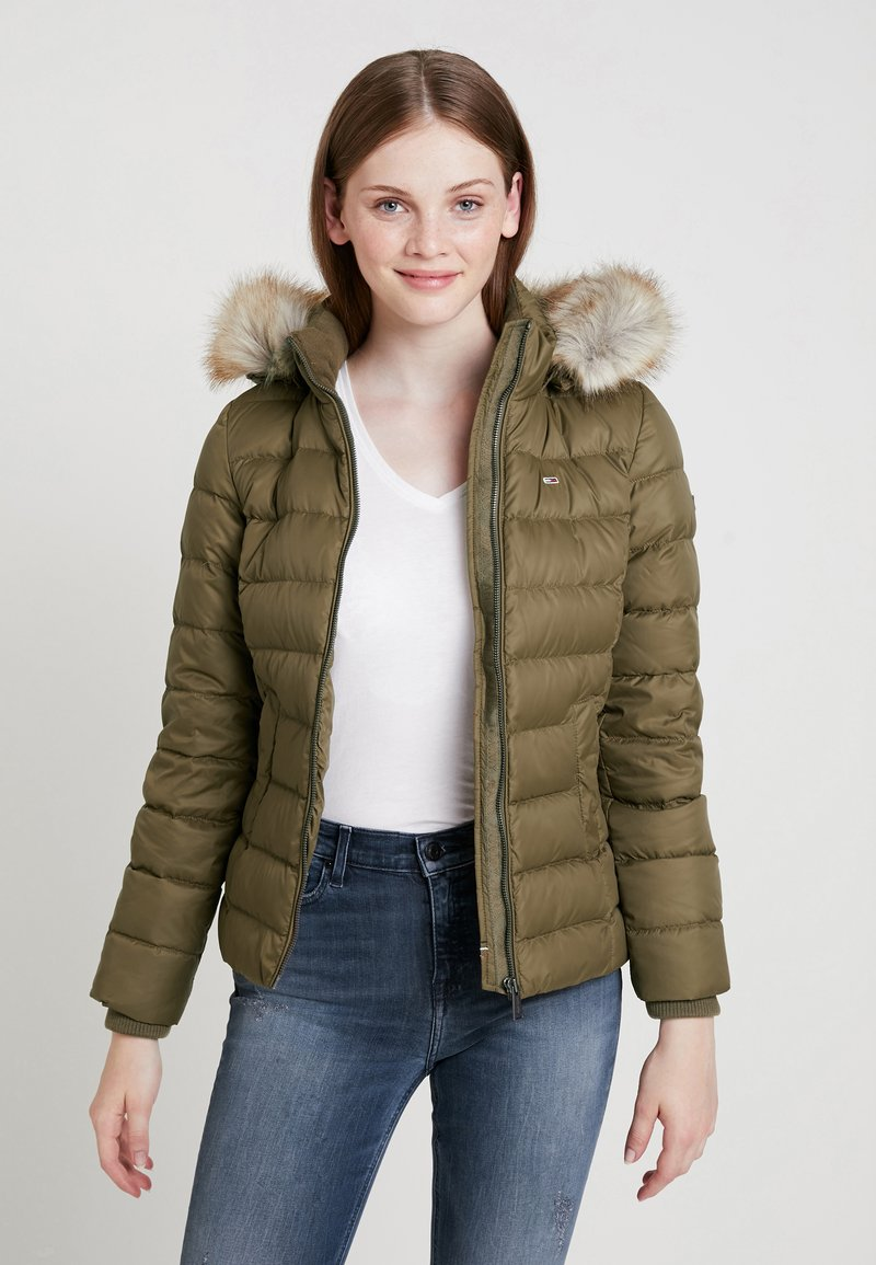 Tommy Jeans - ESSENTIAL HOODED JACKET - Down jacket - capers