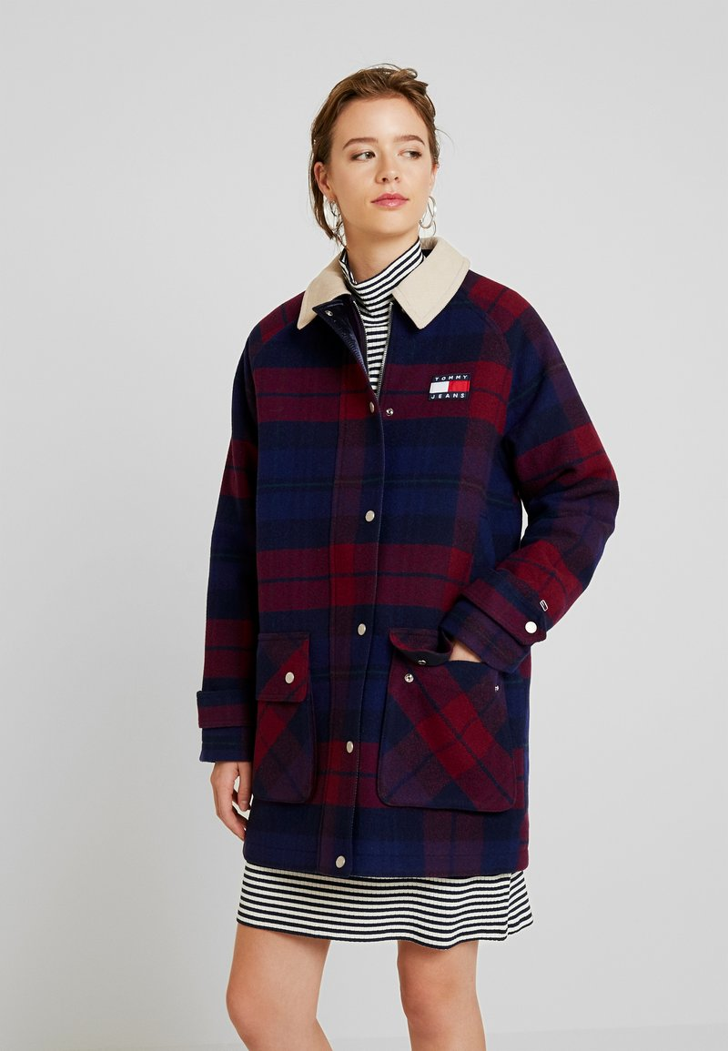 Tommy Jeans - CHECK COLLAR COAT - Classic coat - blue/multi