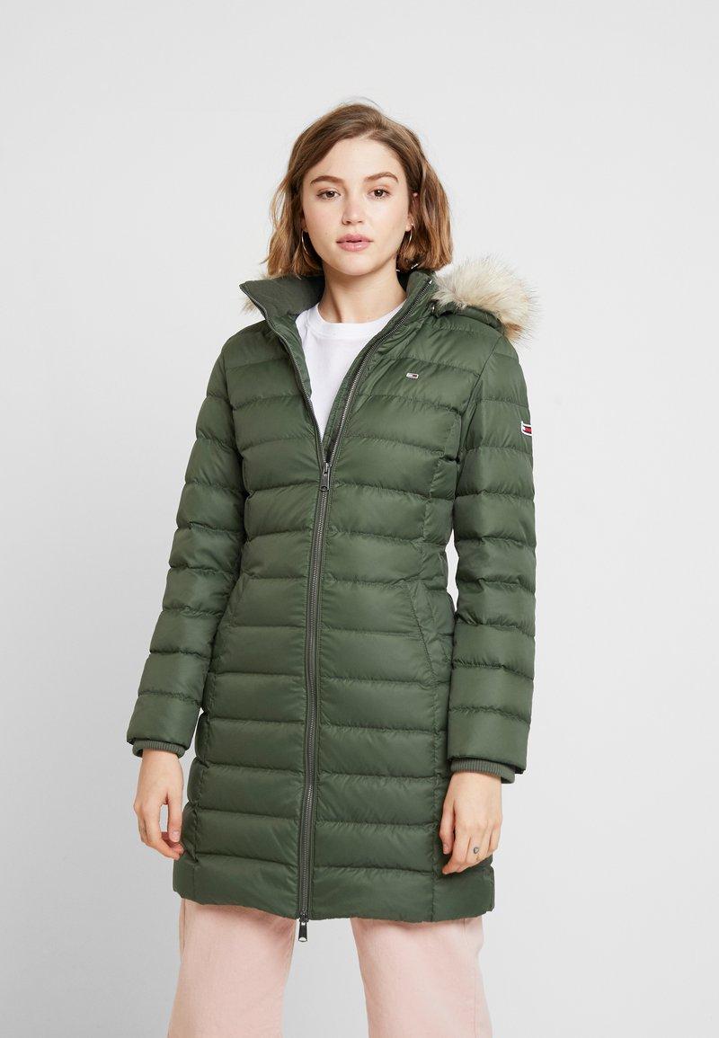 Tommy Jeans - ESSENTIAL HOODED COAT - Piumino - kombu green