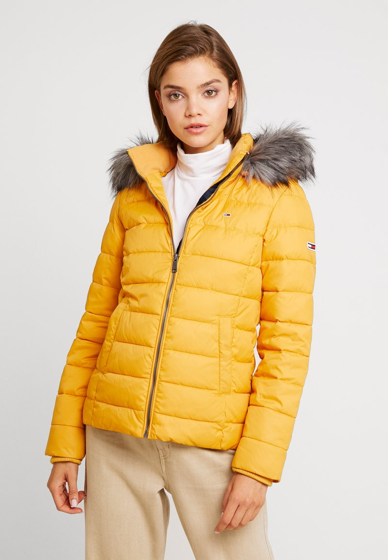 Tommy Jeans - ESSENTIAL HOODED JACKET - Winter jacket - golden glow