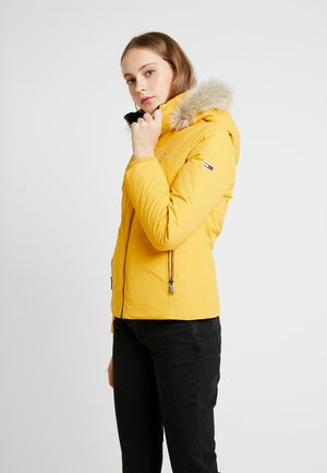 HOODED JACKET - Gewatteerde jas - golden glow
