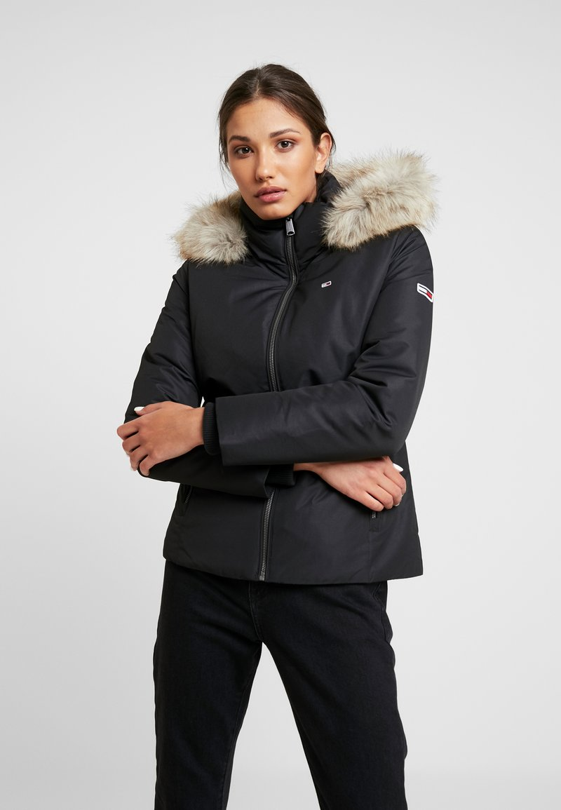 Tommy Jeans - HOODED JACKET - Bunda z prachového peří - black