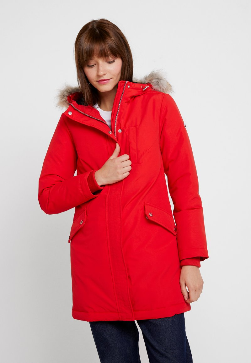 Tommy Jeans - TECHNICAL  - Down coat - flame scarlet