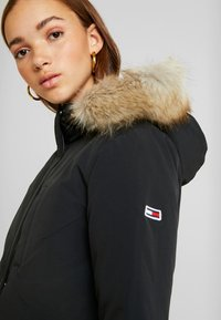 Tommy Jeans - TECHNICAL  - Down coat - black - 4