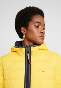 Tommy Jeans - Winter jacket - spectra yellow - 3