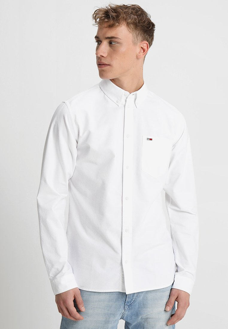 Tommy Jeans - CLASSICS REGULAR FIT - Chemise - white