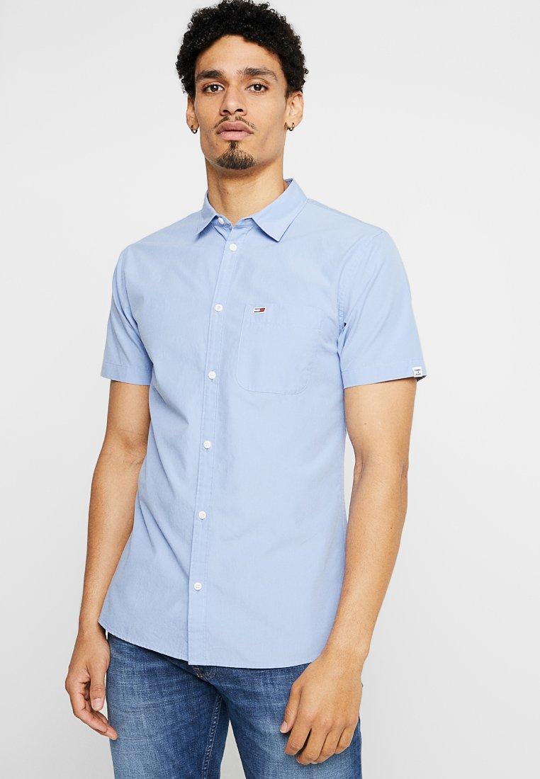 Tommy Jeans - SOLID SHIRT - Hemd - light blue