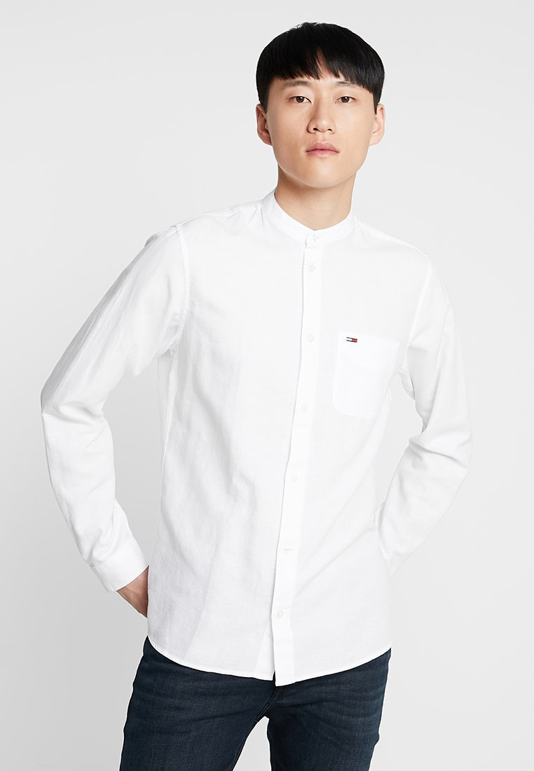 Tommy Jeans - TJM MAO LINEN SHIRT - Shirt - white