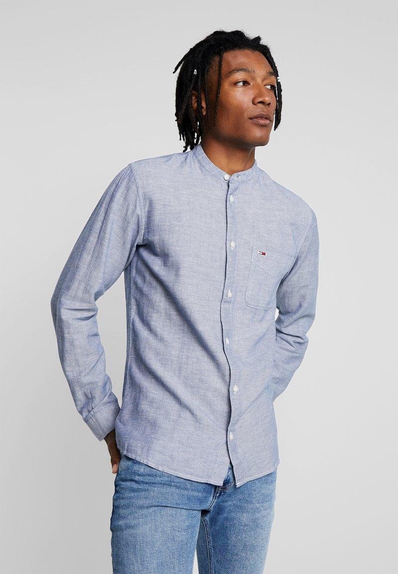 Tommy Jeans - TJM MAO LINEN SHIRT - Shirt - blue
