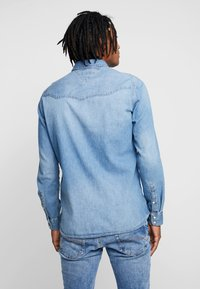 Tommy Jeans - WESTERN - Shirt - denim - 2