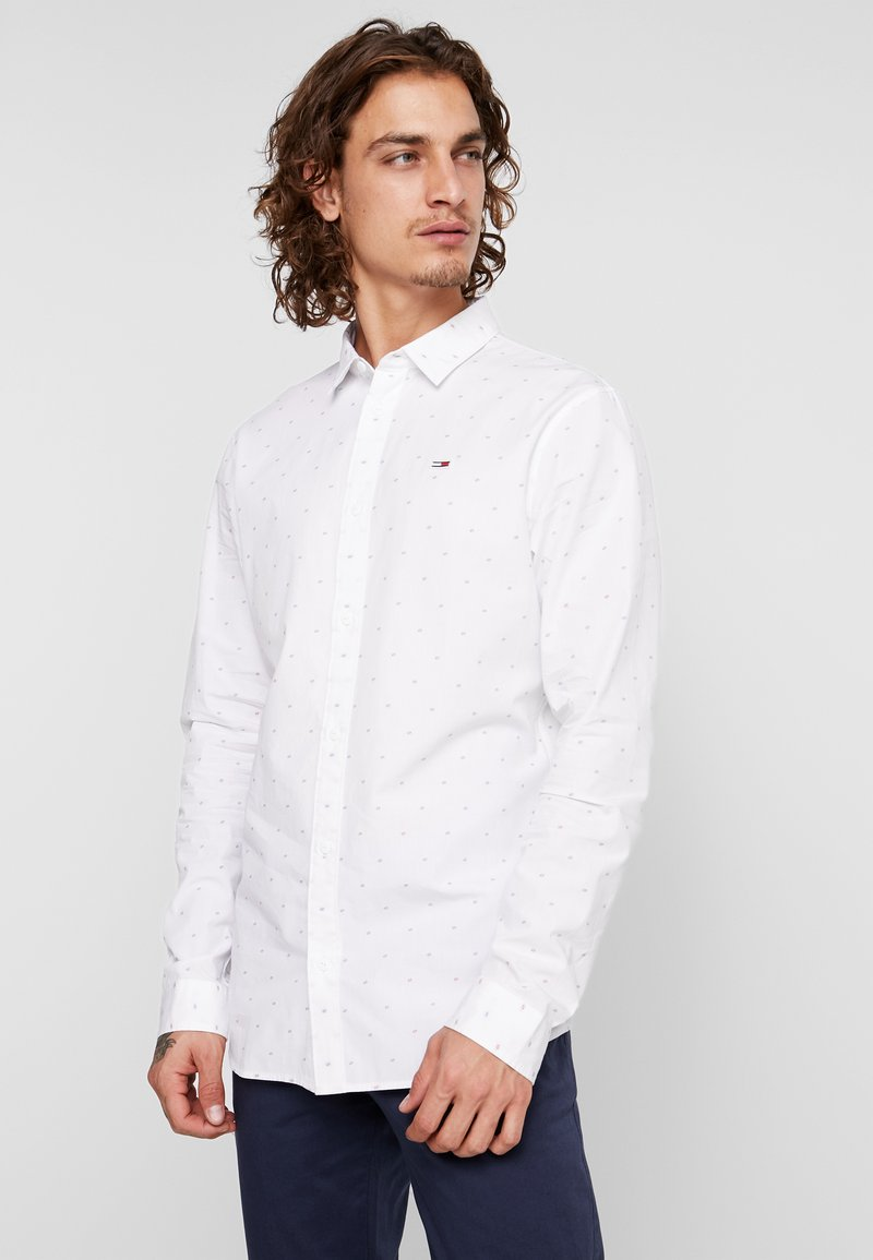 Tommy Jeans - NOVELTY DOBBY - Hemd - white