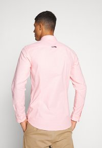 Tommy Jeans - Hemd - coral kiss - 2