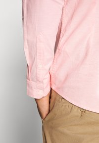 Tommy Jeans - Hemd - coral kiss - 4