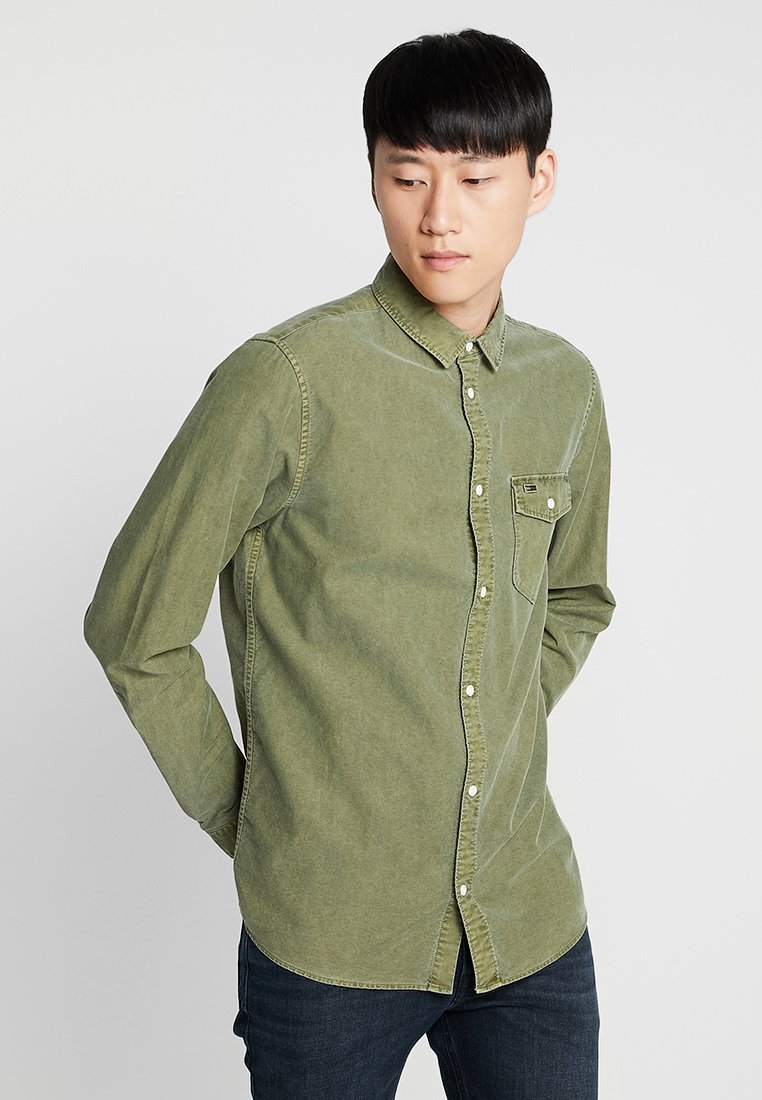 Tommy Jeans - WASHED OXFORD - Chemise - green