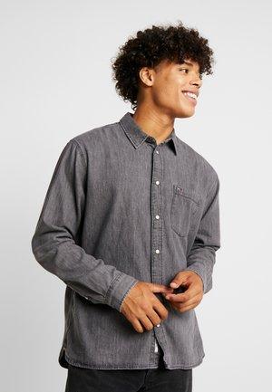 REGULAR - Shirt - black denim