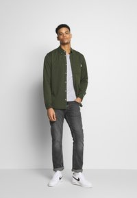 Tommy Jeans - Shirt - cypress - 1