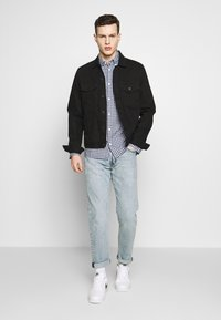 Tommy Jeans - GINGHAM SHIRT - Hemd - black iris/classic white - 1