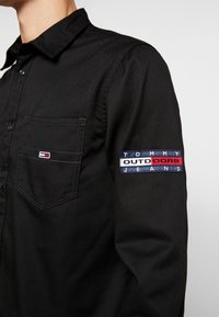Tommy Jeans - POCKET - Koszula - black - 5