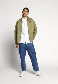 Tommy Jeans - NOVEL DOBBY POPLIN - Shirt - white/twilight navy - 1