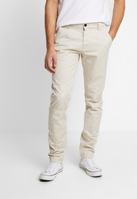 Tommy Jeans - SCANTON PANT - Chino - pumice stone - 0