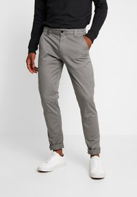 Tommy Jeans - SCANTON PANT - Chinosy - pewter - 0