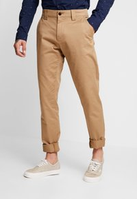Tommy Jeans - SCANTON PANT - Chinot - brown - 0